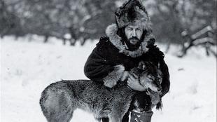 Le livre Joe LaFlamme, l'indomptable dompteur de loups de l'auteure Suzanne F. Charron.