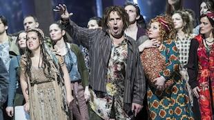 De gauche à droite : Aniko Bakonyi (Serena), Andras Palerdi (Porgy), Orsolya Hajnalka Roser (Clara) et Gabriella Letai Kiss (Bess) pendant une répétition de «Porgy and Bess» de George Gershwin au Erkel Theater du Hungarian State Opera à Budapest.