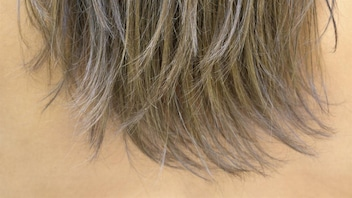 «no-poo» : laisser tomber les shampoings et revitalisants