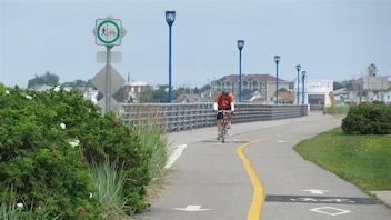 Des cyclistes déplorent l'état des routes