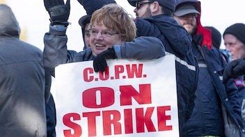 La grève tournante se poursuit chez Postes Canada