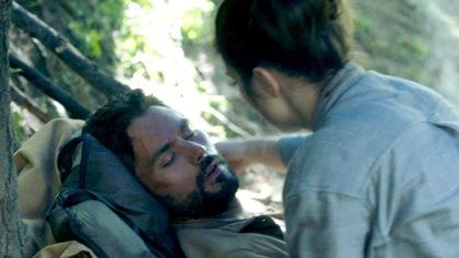 Le réalisateur commente une scène dramatique avec Réginald