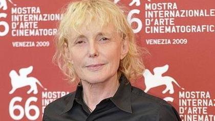 La cinéaste Claire Denis pose au Festival de Venise