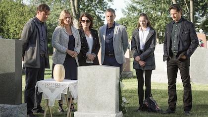 Ils se recueillent sur la tombe de Jérémie