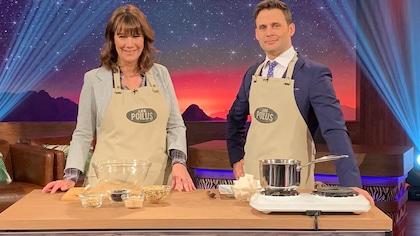 Geneviève Brouillette et Sébastien Kfoury s'apprêtent à cuisiner une recette de nourriture pour oiseaux.