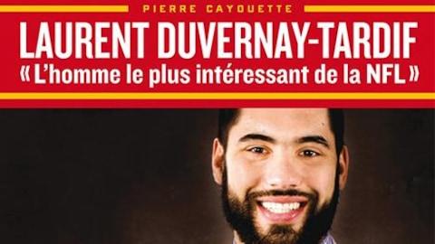 Une photo de Laurent dans son costume de footballeur et une photo de lui en uniforme de médecin