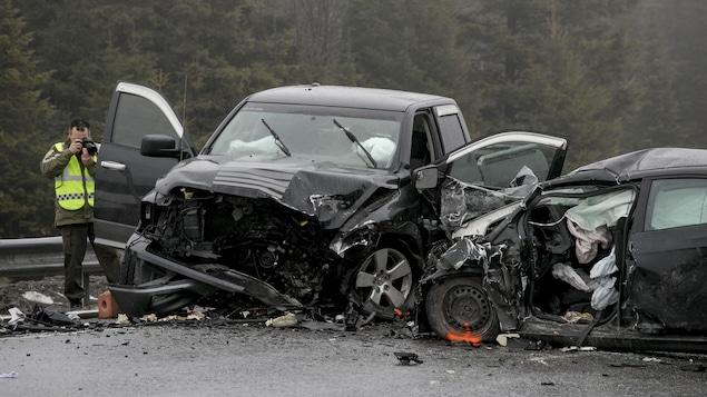 (PHOTOS) Grave accident dans le secteur Val-Bélair