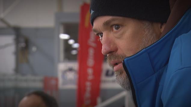 L'ancien joueur de la LNH, Joé Juneau.