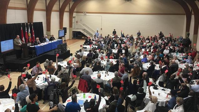 Plus de 250 personnes sont réunies à l'Université de Saint-Boniface à l'occasion de l'assemblée générale extraordinaire de la Société franco-manitobaine.