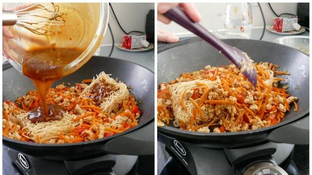 Ajouter les nouilles chinoises.
