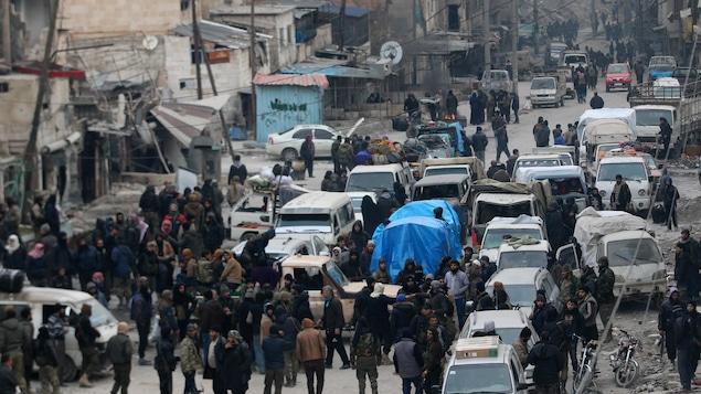 Les évacuations reportées, une situation de plus en plus chaotique — Alep