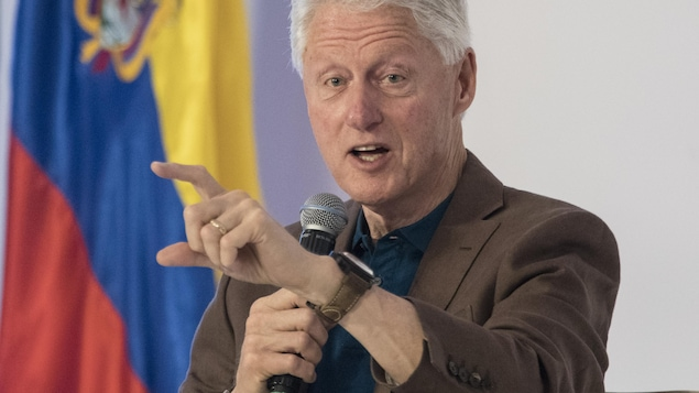 Son roman adapté en série — Bill Clinton