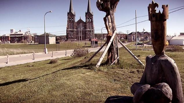 Ti jean s 39 invite la f te du bois flott de saint anne des monts ici r - Bois flotte montreal ...