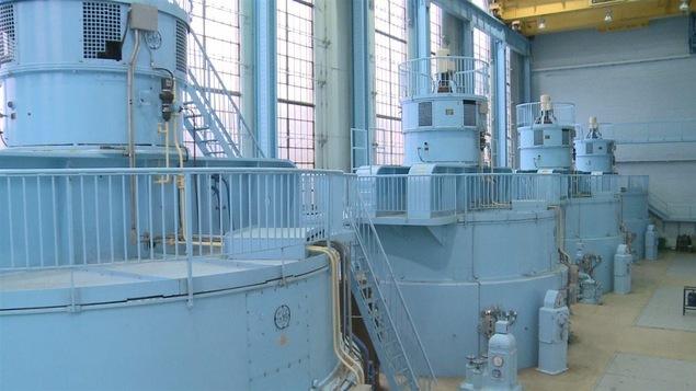 L'intérieur de la centrale hydroélectrique de Grand-Sault