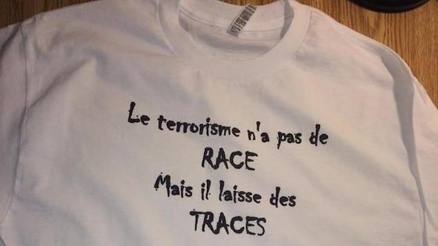 T-shirt contre le terrorisme
