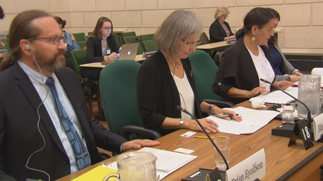 Témoignage des commissaires devant un comité parlementaire à Ottawa, le 21 septembre 2017.