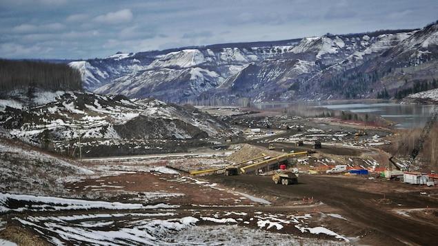 Image de construction du barrage du site C