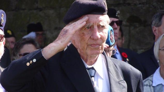 Un vétéran lors de la cérémonie de commémoration du raid sur Dieppe.