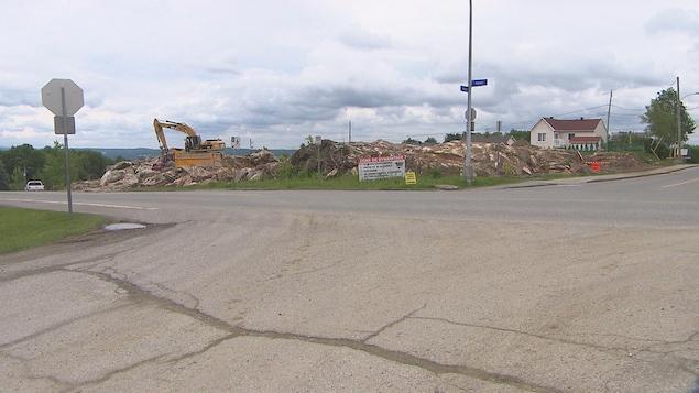 Des citoyens du secteur Ascot s'opposent à la possible construction d'une station-service