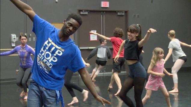 GeNie Baffoe, instructeur de dans hip-hop au Ballet royal de Winnipeg