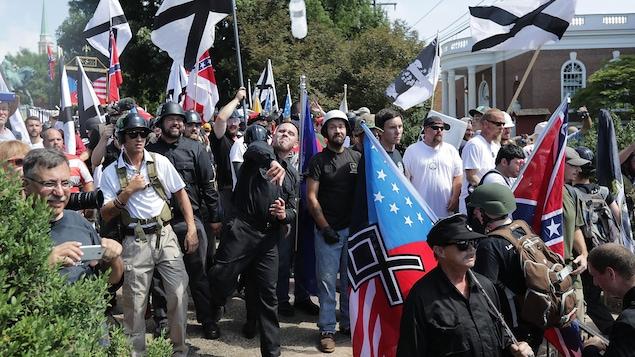 Un rassemblement de suprémacistes blancs à Charlottesville, en Virginie