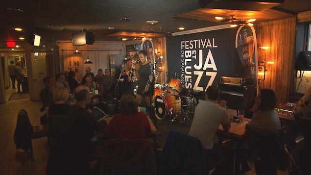 Un spectacle au festival