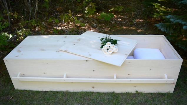 Un cercueil biodégradable