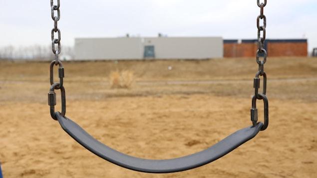 Une balançoire à Fort McMurray