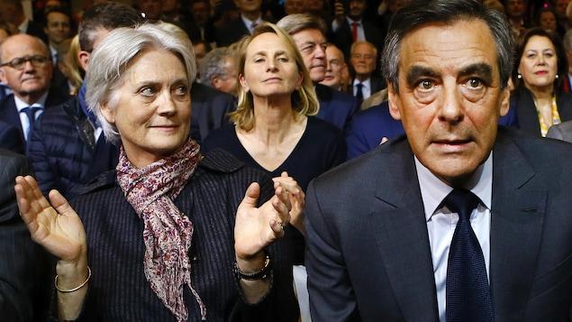 En pleine polémique, François Fillon reçoit le soutien officiel d'Alain Juppé — Bordeaux