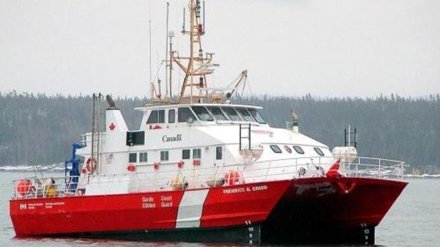 Le catamaran Frédéric G Creed de la Garde Côtière canadienne