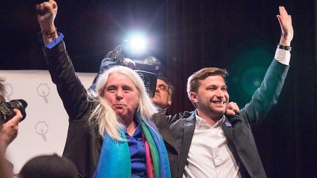 Les nouveaux porte-parole de Québec solidaire, Manon Massé et Gabriel Nadeau-Dubois