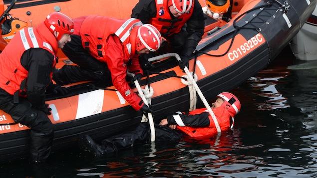 Un exemple de sauvetage de la garde-côtière