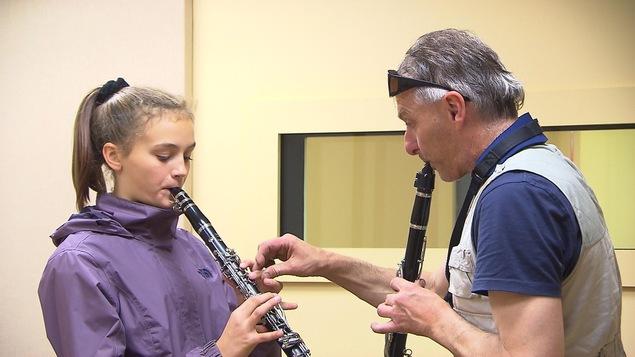 C'était l'occasion pour les jeunes d'essayer des instruments.