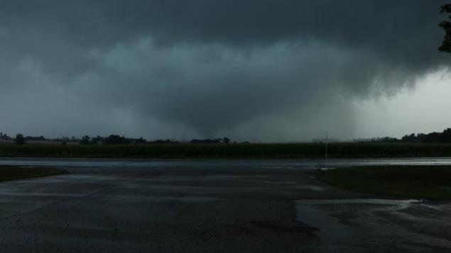 Le nuage en forme d'entonnoir aperçu à Hawkesville