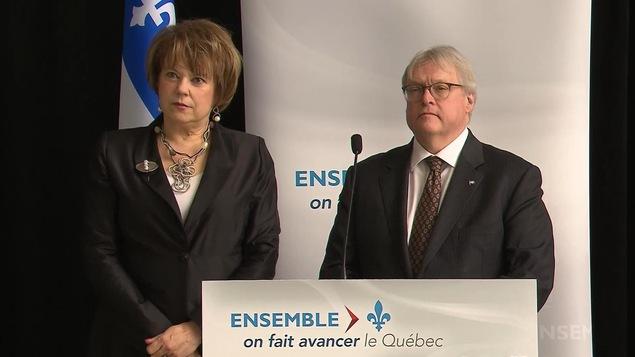La ministre de l'Enseignement supérieur, Hélène David, et son collègue de la Santé, Gaétan Barrette