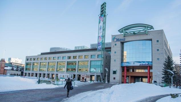 L'hôtel de ville d'Ottawa en hiver