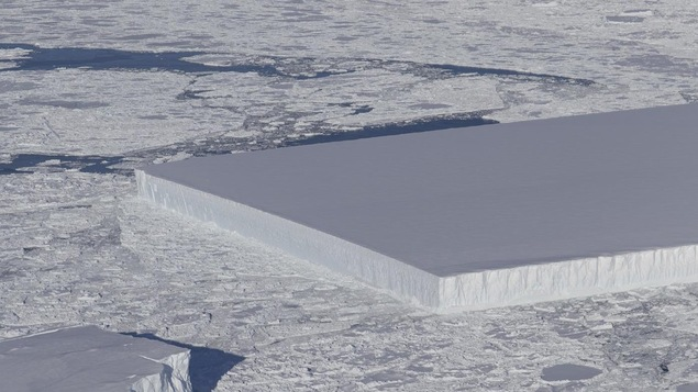 L'iceberg a été pris en photo le 16 octobre par un scientifique de la NASA.