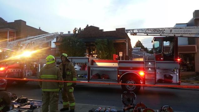 Deux personnes périssent dans un incendie dans le quartier Limoilou, à Québec