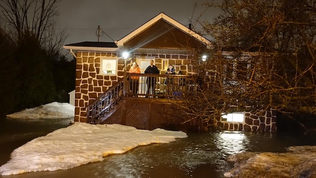 Surveillance accrue des rivières — Inondations au Québec