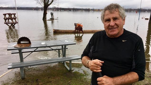 Michel Potvin, un résident du secteur Cumberland, à Ottawa