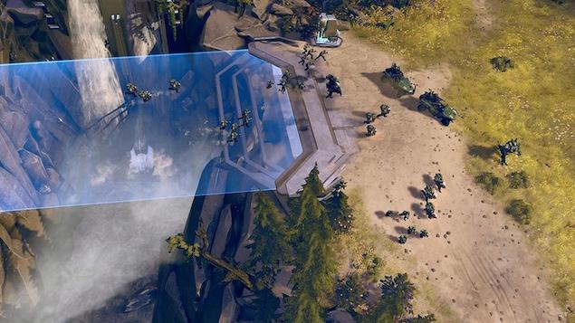 Le nouveau jeu de stratégie en temps réel Halo Wars 2 à paraître sur Xbox One et sur PC.