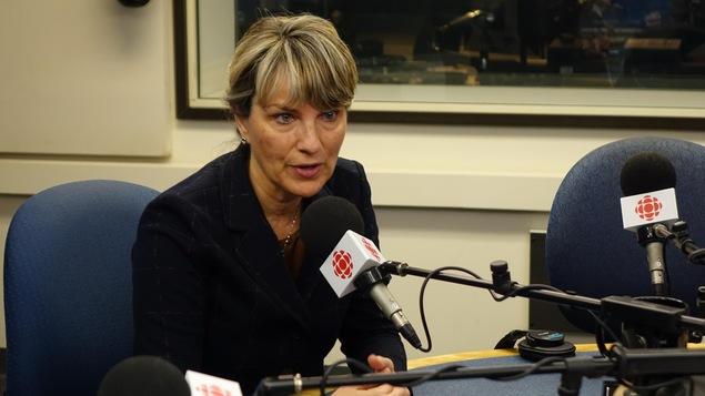 Josée Néron dans nos studios radio