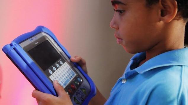 En 2015, les profils de 6,4 millions d'enfants ont été piratés lors d'une cyberattaque qui visait le fabricant de jouets électroniques VTech.