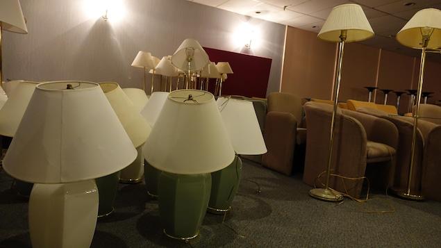 Une deuxi me vie pour les meubles de l 39 h tel wellington for Meuble bureau sherbrooke