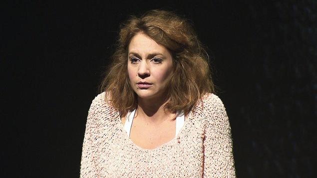 Léane Labrèche-Dor dans la pièce « J'accuse »