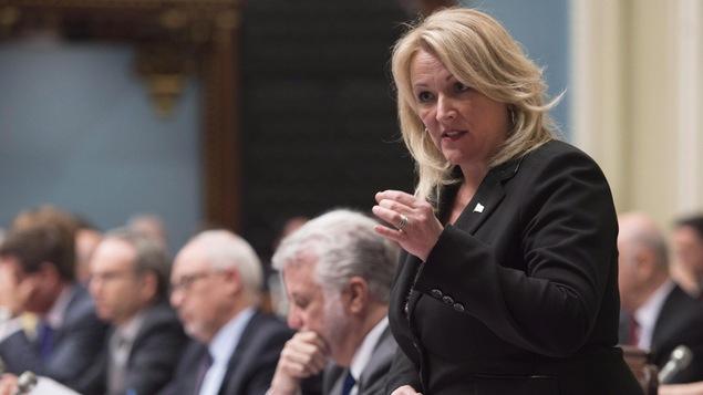 La ministre responsable des Petites et Moyennes Entreprises du Québec, Lise Thériault