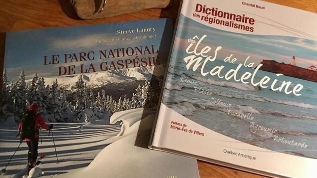 Deux livres sont présentés.