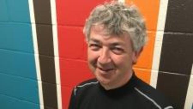 Le professeur Luc Bussières