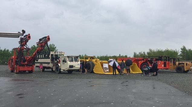 Machinerie exposée au Festival minier de l'Abitibi-Témiscamingue