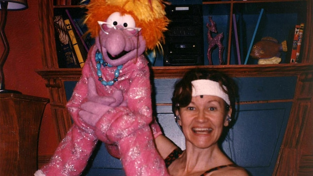 Johanne Rodrigue et la marionnette Yaya